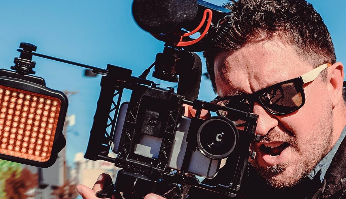 il videomaker professionista in azione